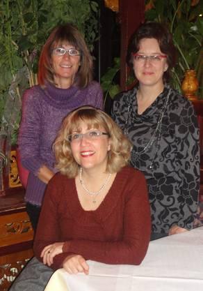 der Vorstand des ref. Frauenvereins, hinten links Corinne Blattner, rechts Astrid Pfoster, vorne Nadine Hassler Bütschi