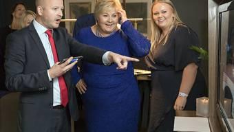 Norwegens Ministerpräsidentin Erna Solberg (Mitte) darf auf eine weitere vierjährige Amtszeit mit ihrer konservativen Koalition hoffen.