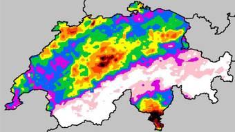 Die neue Hagelkarte: In den schwarzen und roten Bereichen hagelt es am häufigsten