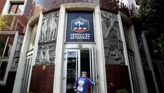 Die Durchsuchung fand in den Räumlichkeiten des französischen Fussballverbandes statt. (Archiv)