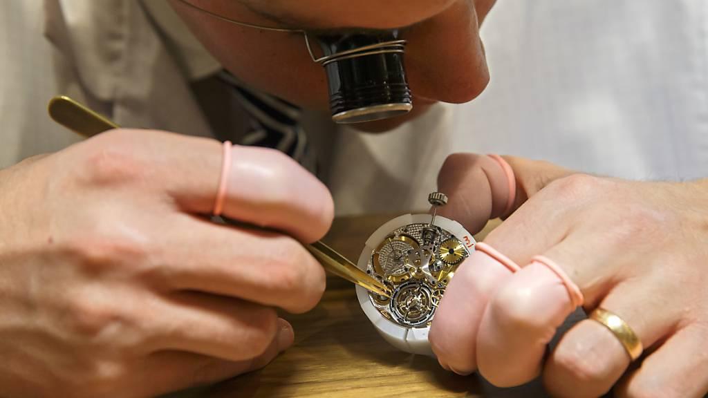 Schweizer Uhrenindustrie sieht weiterhin schwarz. (Archiv)