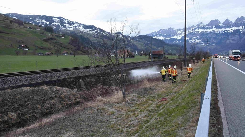 Durch Funkensprünge wurden mehrere kleine Brände ausgelöst.