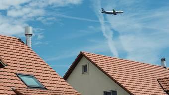 Baden Regio ergreift Rechtsmittel und erhebt Einsprache gegen die beantragte Änderung des Betriebsreglements des Flughafens Zürich. (Archivbild)