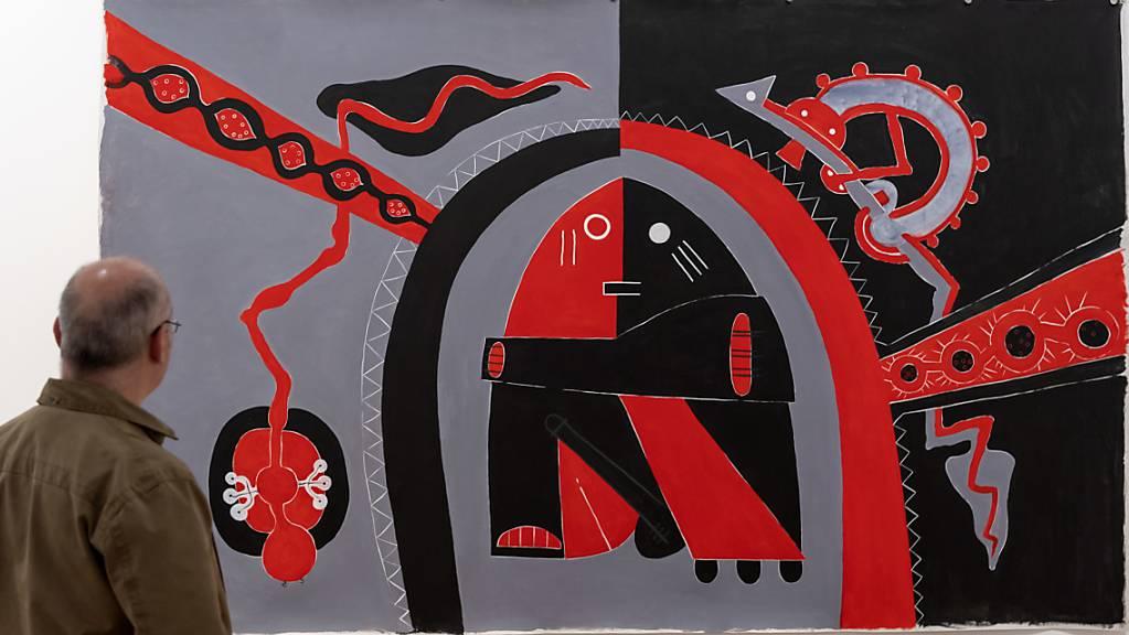 Mit Werken wie «Polynesian Connection» schlug der Neuseeländer Len Lye (1901-1980) eine Brücke zwischen indigener Kunst und westlicher Avantgarde. Das Museum Tinguely Basel zeigt eine Retrospektive des Werks des hierzulande noch weitgehend unbekannten Künstlers.