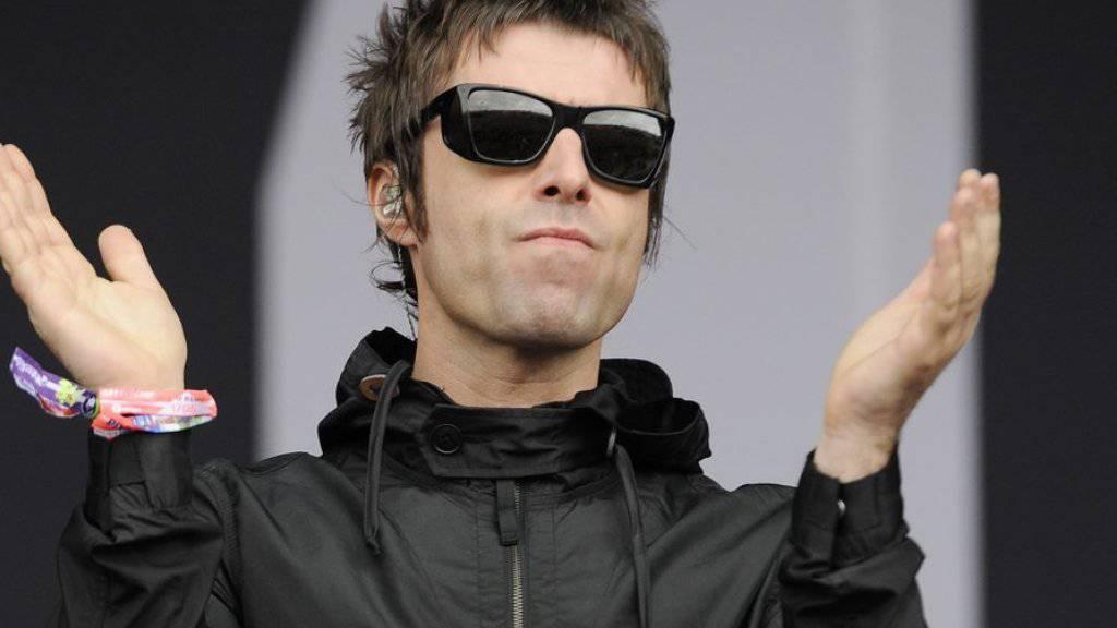 Liam Gallagher würde mit seiner früheren Band Oasis nur dann wieder auf die Bühne stehen, wenn das Publikum tanzen und Bier trinken würde, anstatt zu filmen und zu fotografieren. (Archivbild)