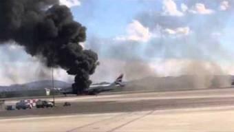 In Las Vegas brennt ein Flugzeug der Britisch Airways.