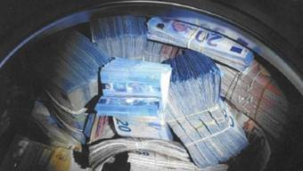 Das Hauptzollamt Singen verzeichnete 2018 fast 11 Millionen Euro Bargeld, das illegal über die Grenze geschmuggelt werden sollte.