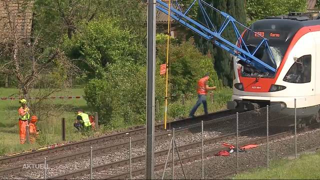 Kranaufprall auf Zug: Baufirma räumt Versagen ein