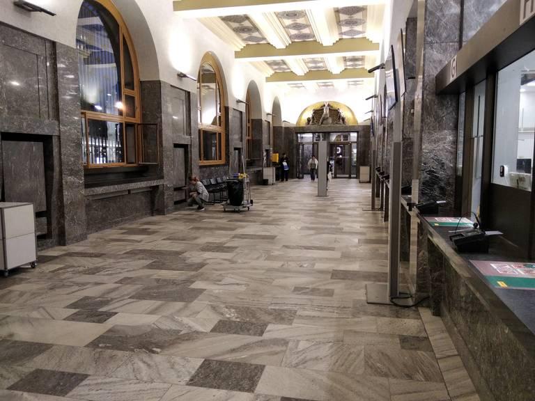 Schöne Posthalle