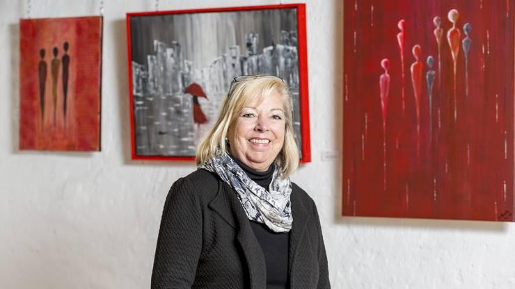 Die 71-jährige Geroldswilerin ist vielen Limmattalern als ehemalige Inhaberin des Coiffeursalons Löckli in Oberengstringen bekannt. Dass ihr Herz nicht nur für Haare, sondern auch für die Kunst schlägt, konnten Kunden im Coiffeur-Geschäft bereits erahnen. Dort hängte sie jeweils ihre Bilder auf.