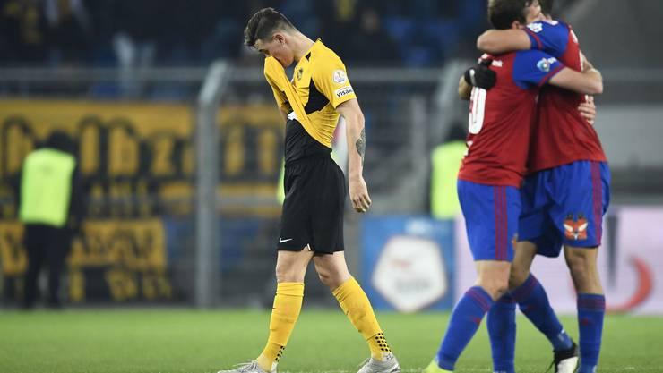 Fassungslosigkeit bei YB, Freude bei Basel nach dem 3:0 im Joggeli.