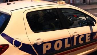 Ein Polizeiauto in Bordeaux (Symbolbild)