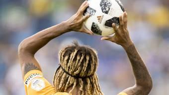 Ab heute wirft Kevin Mbabu den Ball wieder in der Schweiz ein