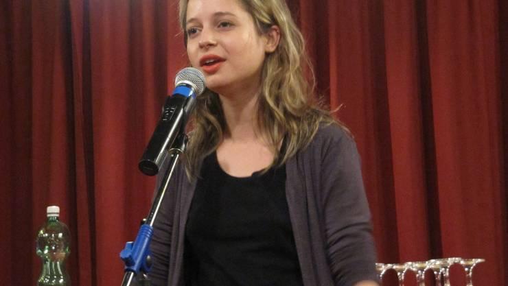 Slam-Poetin Lara Stoll.  ms
