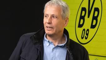 Dortmunds Trainer Lucien Favre kann dem Bundesliga-Gipfeltreffen mit Bayern München gelassener entgegenblicken als der Gegner