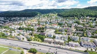 Für die externe Bewirtschaftung eines Teils ihrer Liegenschaften arbeitet die Gemeinde Geroldswil mit der Grebimmo GmbH aus Birmensdorf zusammen.