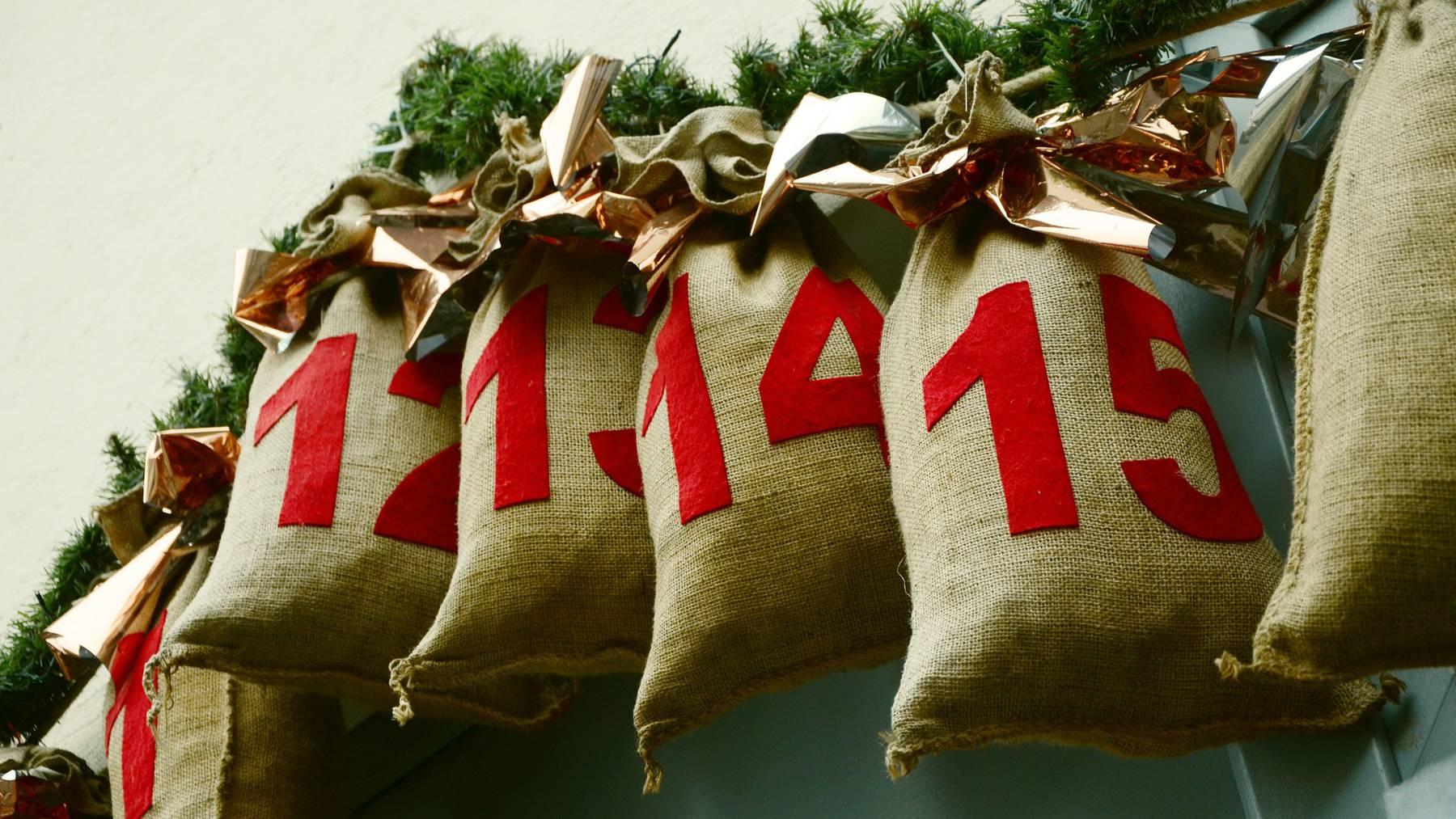advent-calendar-1236036_1920