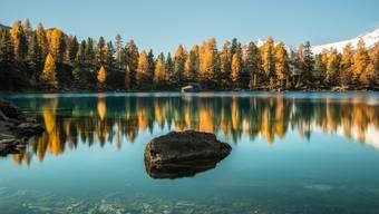 Auch der Herbst (im Bild der Lagh da Saoseo in Graubünden) lud noch einmal zu einem Ausflug ein.