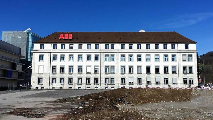 Das Stammhaus der Brown, Boveri & Cie.: Das ABB-Gebäude 701 am Brown-Boveri-Platz in Baden, wo derzeit ein Parkhaus entsteht.