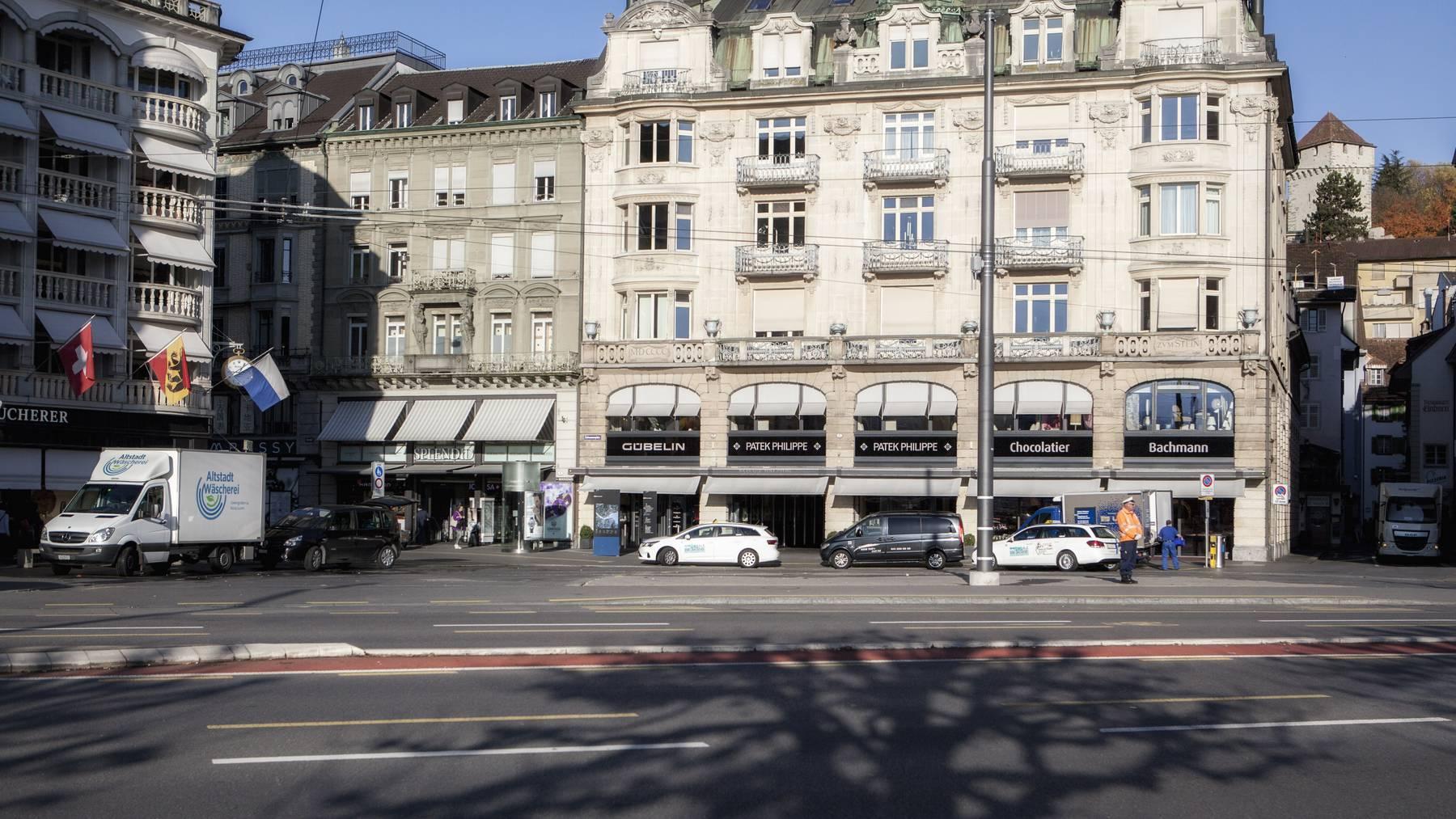 Schwanenplatz Luzern - retour an Absender