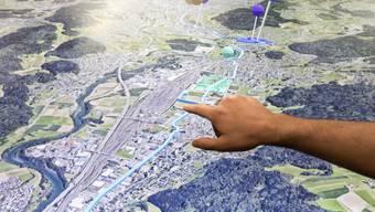 Das 3D-Modell der Limmatstadt AG kann man nun beispielsweise auch zu Hause auf dem Tablet nutzen. Bisher kam die Öffentlichkeit nur an Anlässen wie etwa Immobilienmessen mit dem 3D-Modell in Berührung. Im März 2018 wurde es erstmals in Zürich vorgestellt.
