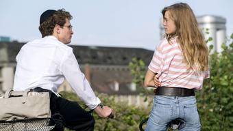 Joel Basman spielt im Film Mordechai «Motti» Wolkenbruch – und verliebt sich in die Nichtjüdin Laure (gespielt von Noémie Schmidt).