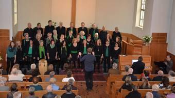 Der Chor sing2gether beim Jahreskonzert in der reformierten Kirche in Däniken.
