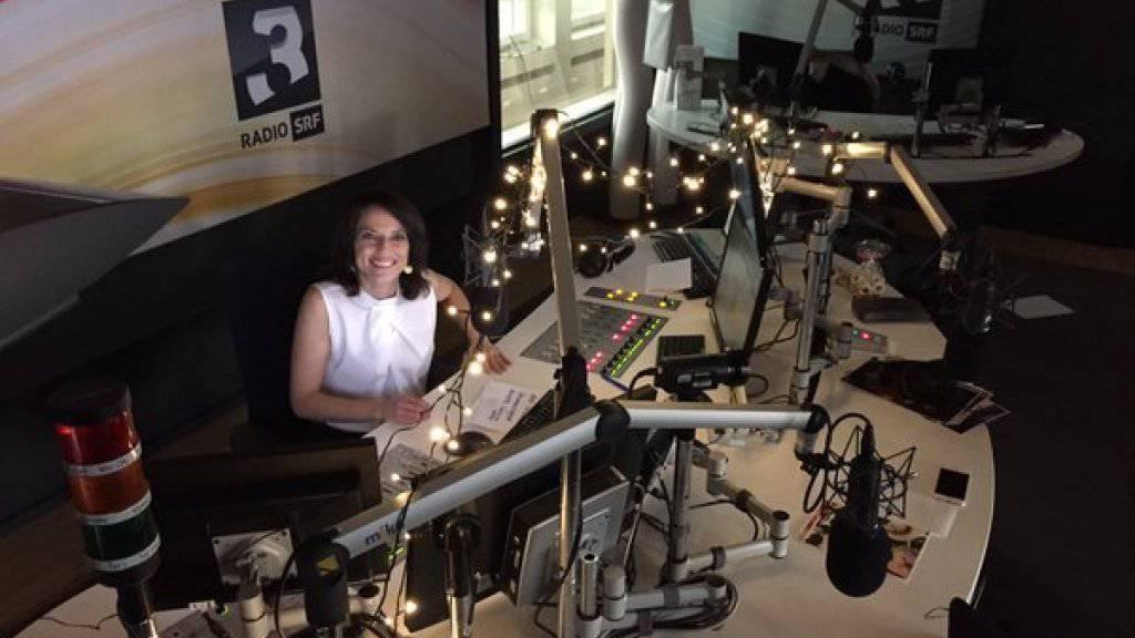 Stromausfall im Stadtzürcher Kreis 6: Plötzlich war es bei Mona Vetsch im Radiostudio von SRF3 dunkel.