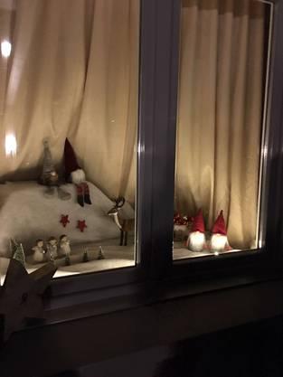 Das Adventsfenster zum 11.Dezember der Familie Magnusson in Welschenrohr
