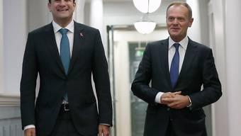 Donald Tusk (rechts) zu Besuch beim irischen Premierminister Leo Varadkar (links) in Dublin.