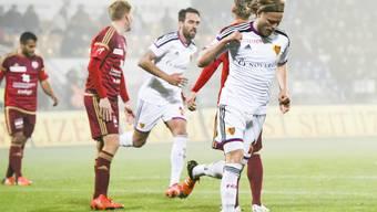 Birkir Bjarnason vom FC Basel jubelt nach dem Ausgleich zum 1:1 in Vaduz