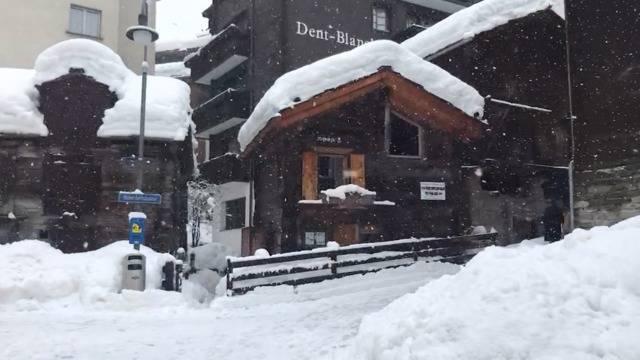 So versinkt Zermatt im Schnee