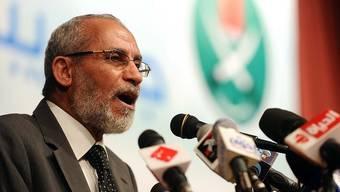 Das Oberhaupt der Muslimbrüder Mohammed Badie droht mit Wahlboykott (Archiv)
