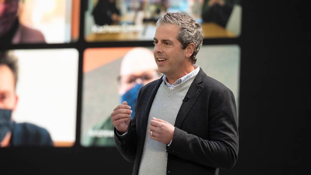 Google zeigt Dialog mit Computer und Videokommunikation der Zukunft