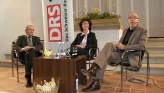 Gespräch: Martin Köchli und Miranda Bammert-Zahn im Gespräch mit dem Radiomoderator Daniel Hitzig (von links). BA