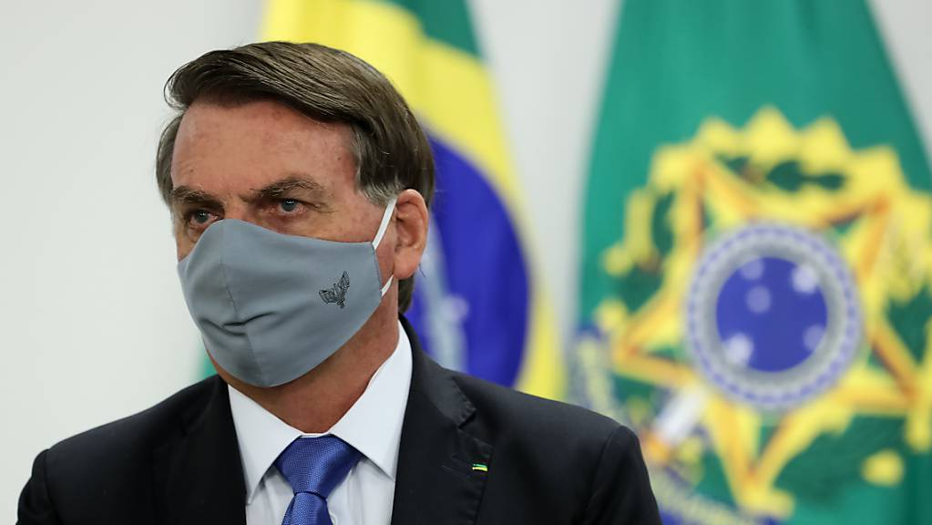 Der brasilianische Präsident Jair Bolsonaro hat sich mit dem Coronavirus infiziert.