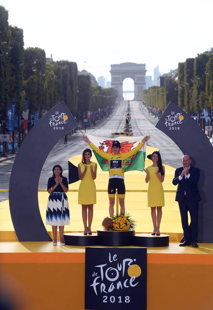 Geraint Thomas gewinnt die Tour de France und freut sich auf Hamburger und Pommes.