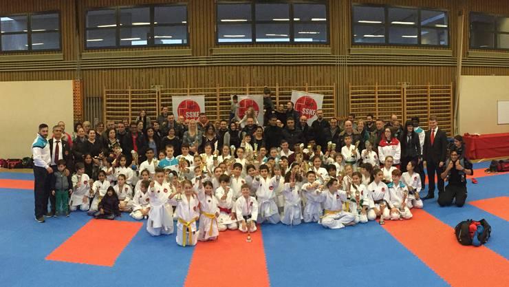 Zahlreiche Karate-Kids aus Basel massen sich am 5-Stars-Cup.