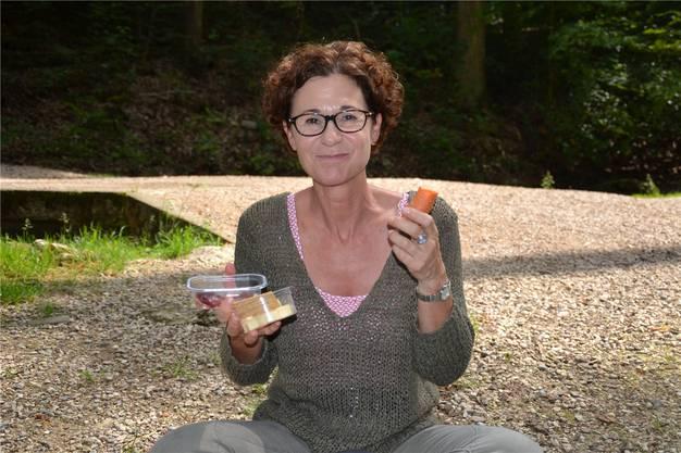 Die Aargauer FDP-Grossrätin setzte auf Abwechslung: Nebst Trockenfleisch, Käse und Brot hatte sie auch «Dar-Vida» und ein Rüebli dabei. «So kann ich den Proviant gut auf die Pausen verteilen», sagte sie.