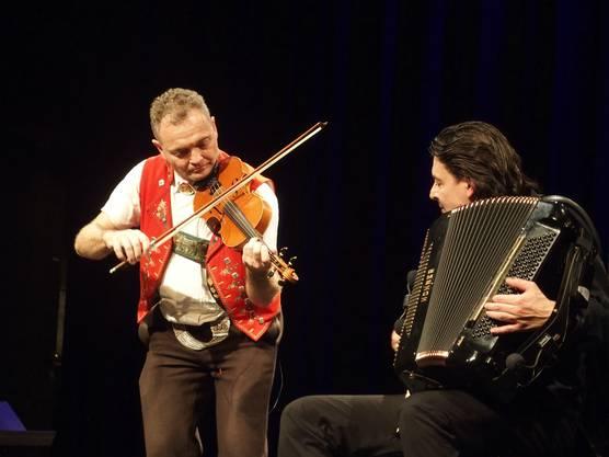 Faszininerende Melange - Josef Rempfler an der Geige und Goran Kovačević auf dem Akkordeon.