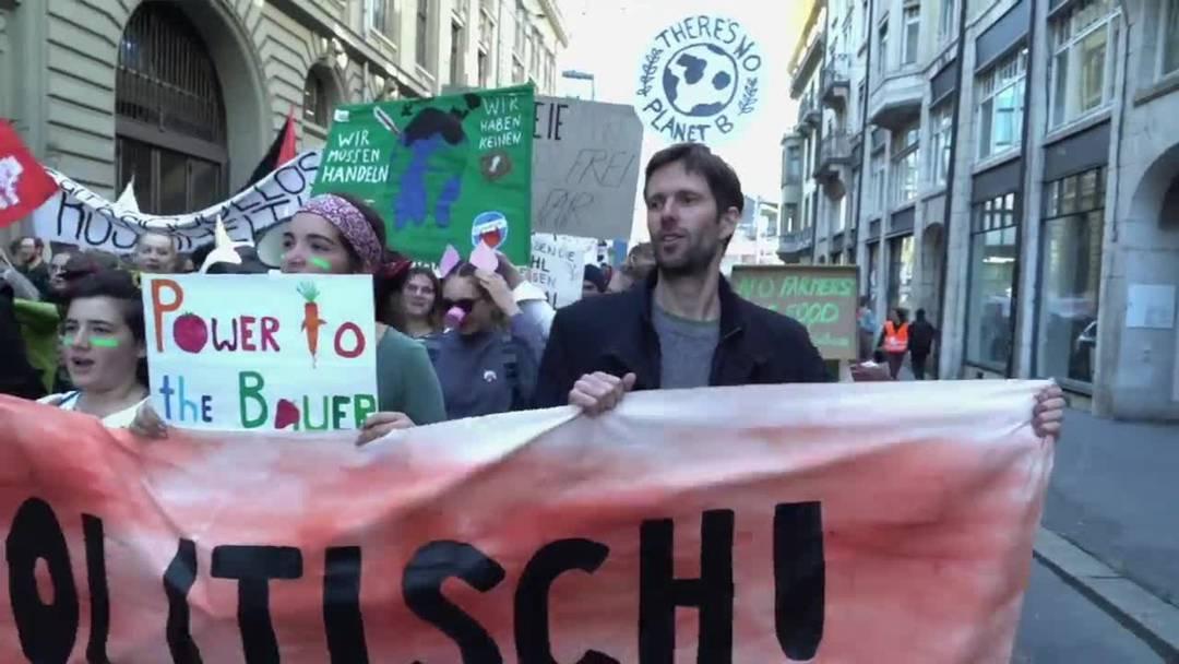 Bauern und Klimastreikbewegung demonstrieren gemeinsam in Bern