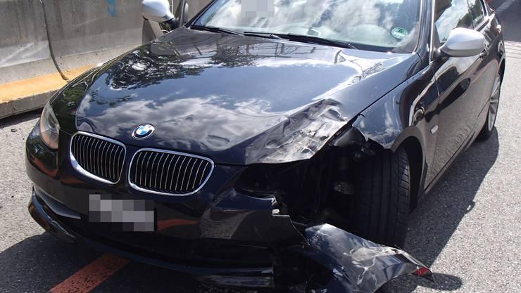 Die 41-jährige Ukrainerin ist mit ihrem BMW in den Töff vor ihr geprallt.