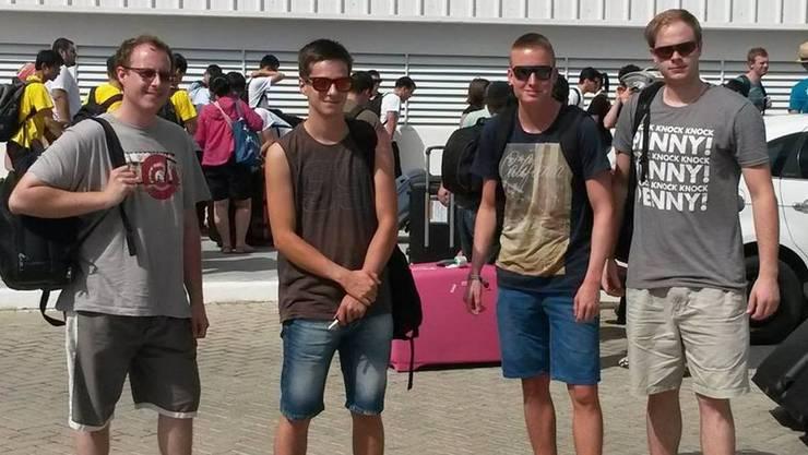 Mitglieder des Teams bei der Ankunft in Brasilien: Ramon Däster, Vincent Nardella, Adrian Krebs und Alwin Mani. zvg