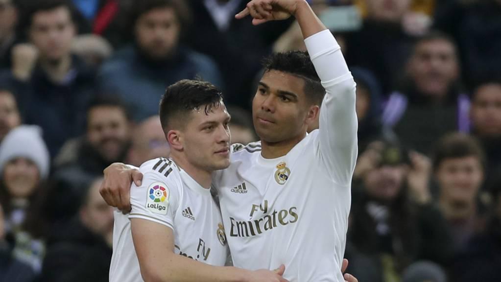 Der defensive Mittelfeldspieler Casemiro (rechts) war für einmal Matchwinner bei Real Madrid.