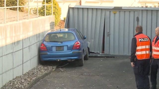 Schon wieder Garagen-Unfall