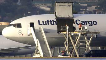 Millionen-Raub in Brasilien: Die Diebe schlugen beim Umladen von Gütern auf einem Frachtflughafen in der Nähe von Sao Paulo zu. (Symbolbild)