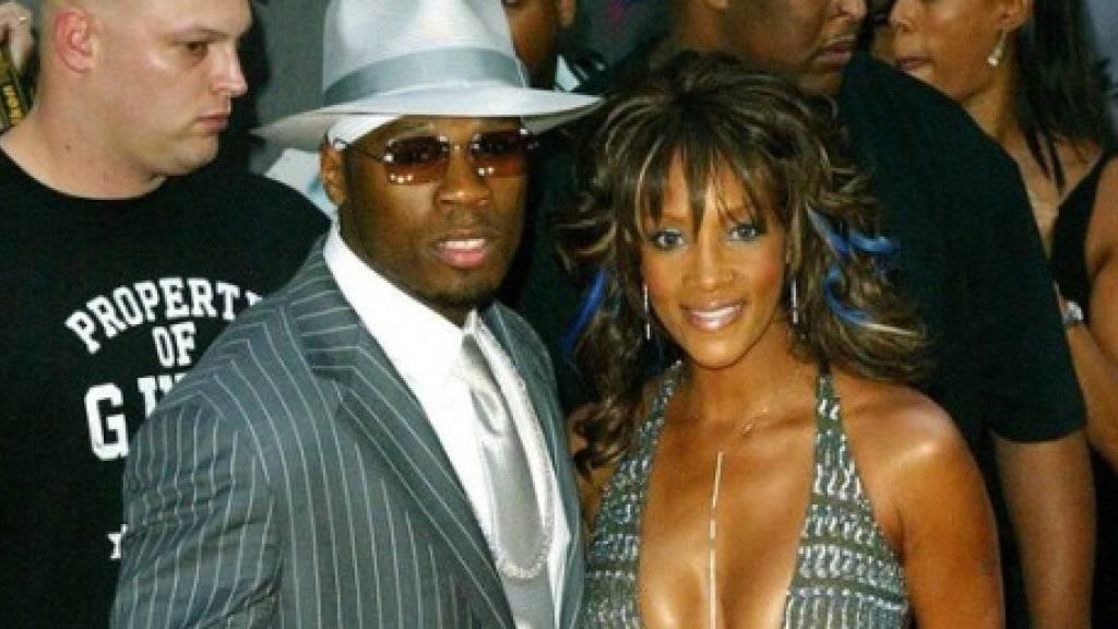 50 Cent und Vivica A. Fox 2013 während ihrer kurzen Beziehung. Heute behauptet die Schauspielerin, die angebliche Bisexualität des Rappers sei der Grund für die Trennung gewesen (Archiv).