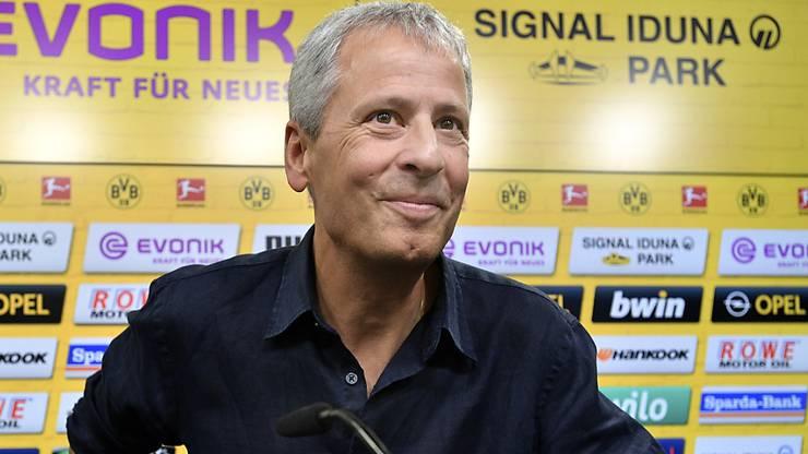 Lucien Favre lächelt als neuer BVB-Coach der neuen Saison entgegen.