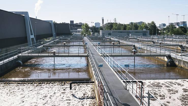 In der Stadt Zürich sollen die Abwassergebühren stärker nach ökologischen Gesichtspunkten ausgerichtet werden. (Symbolbild)