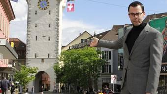 Brödlimeister Bernhard Schmid zeigt, wo das Rennen am Stadtfest hätte stattfinden sollen. martin rupf